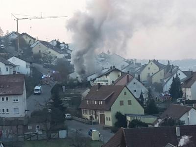 Rauchwolke über Weinstrasse
